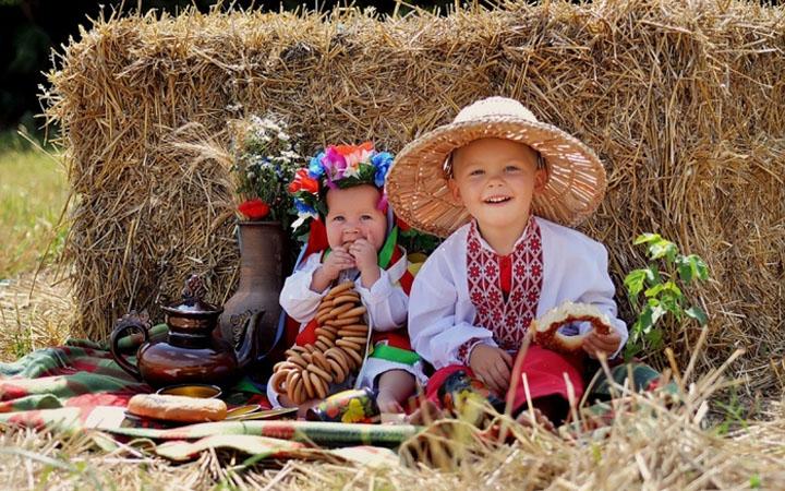 Україна — моя ненька... Край Карпатський — батько мій - Любий серцю 0a040af57209c
