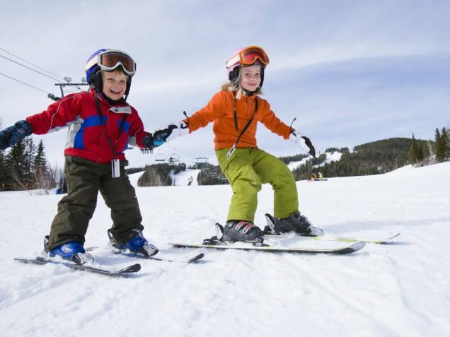 Картинки по запросу діти на лижах, ковзанах картинки